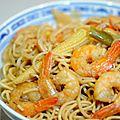 Pâtes chinoises,crevettes au wok