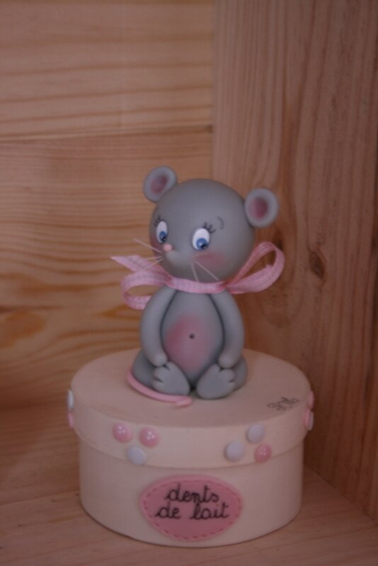 Une ribambelle de petites souris