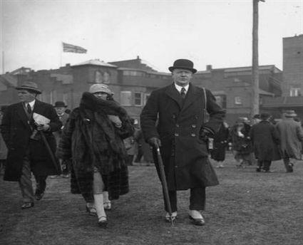 Coco-Chanel-with-Hugh-Richard-Arthur-Grosvenor-Duke-of-Westminster-C-1924-30