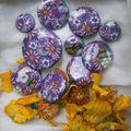 cabochons violet parme