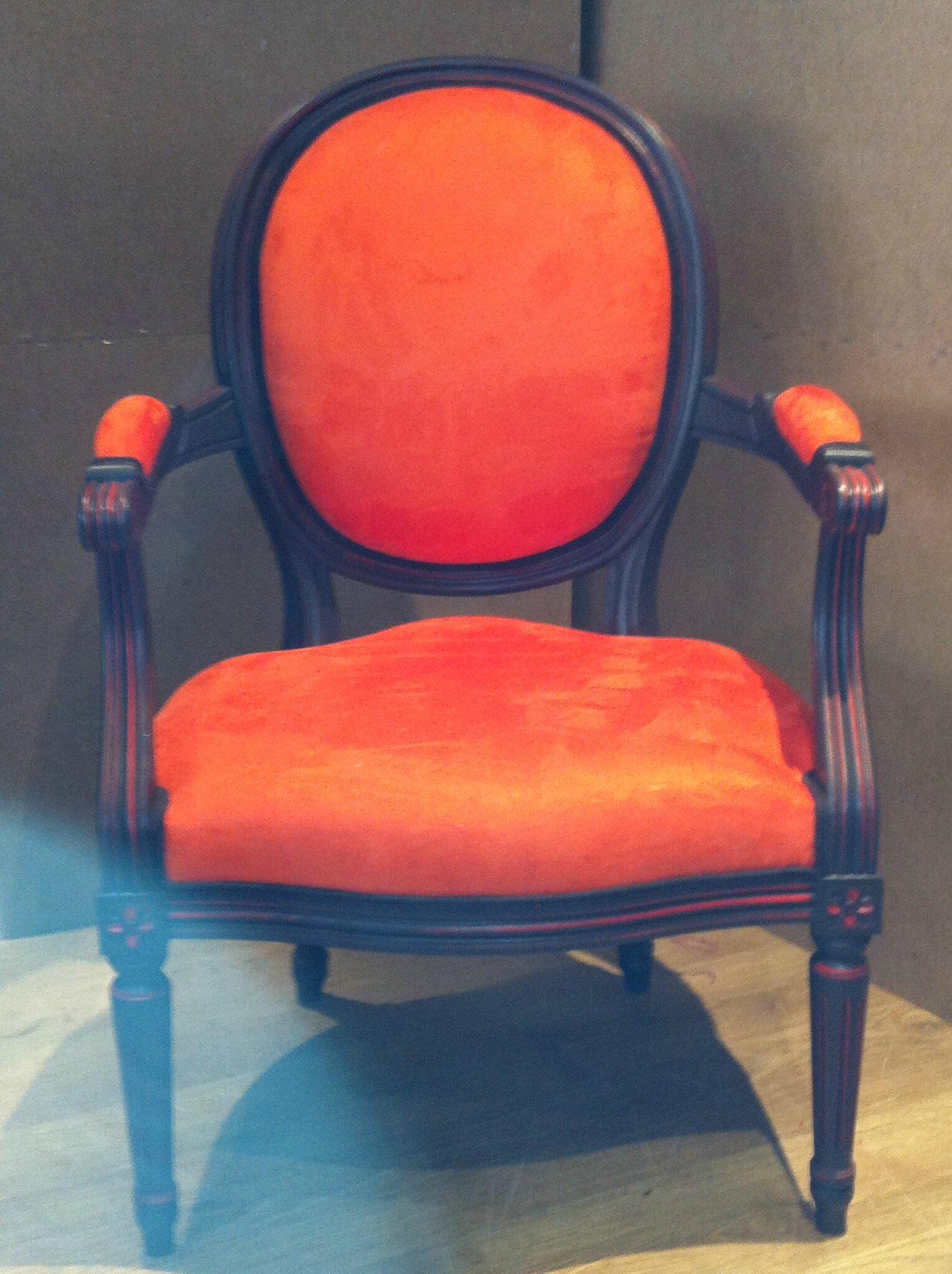 Cabriolet Louis XVI Orange