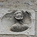 20140722 Cahors bas relief tête