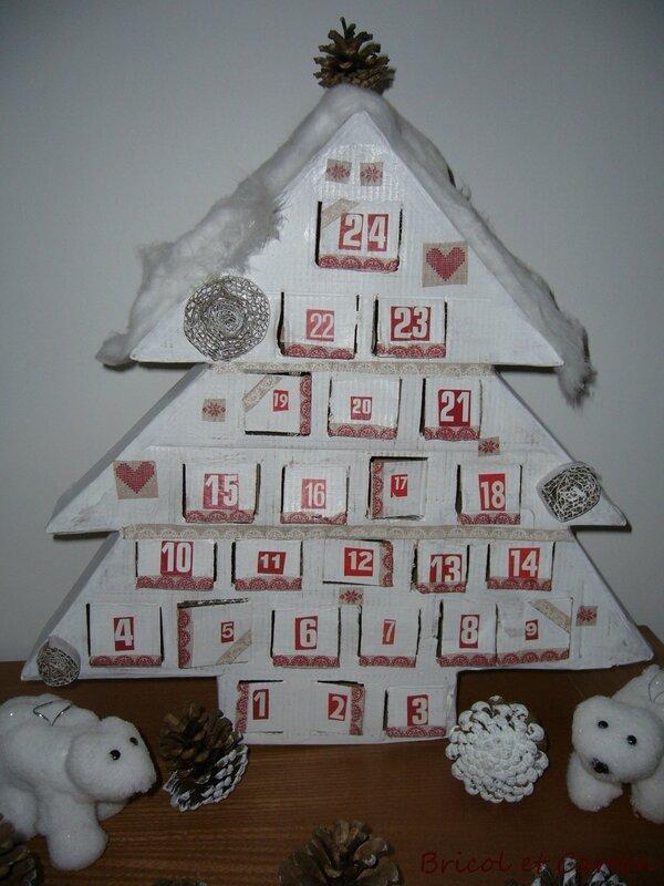 tuto calendrier de l 39 avent fait main en carton bricol et carton. Black Bedroom Furniture Sets. Home Design Ideas