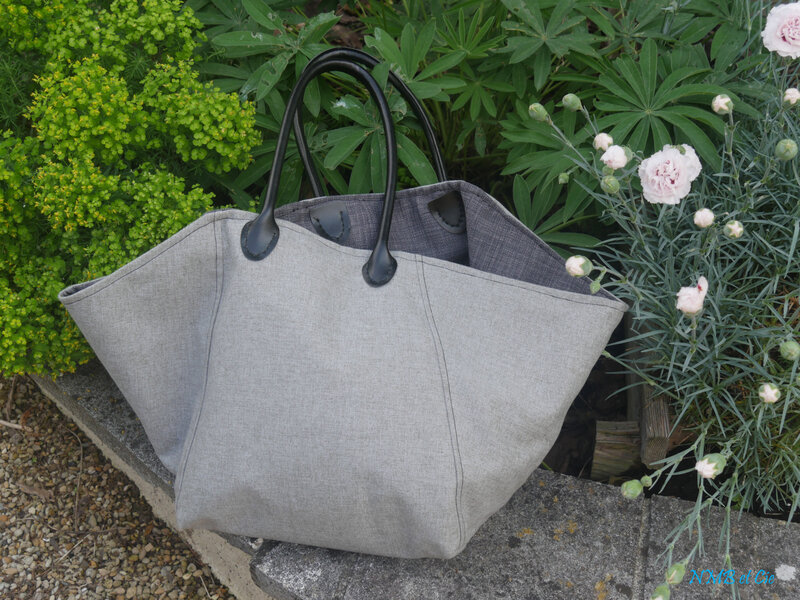 Mon sac trapèze gris interieur