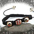 Bracelet Shamballa Perles <b>Métal</b> <b>Doré</b> Strass Rouge et Crystal Fil Noir Réglable