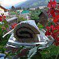 Dessert : biscuit roulé à la framboise