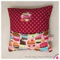DSCN7926-owly-mary-du-pole-nord-pticoussin-ecoussin-sieste-jeu-cole-maternelle-pois-cupcake-gateau-patisserie-fuchsia-rose-rouge-turquoise-fille-cadre