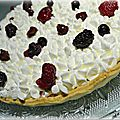 Tarte à l'amande et ses fruits rouges
