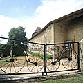 La Bastide-d'Armagnac, Notre-Dame-des-Cyclistes, entrée (40)