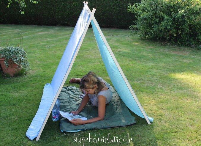 comment faire soi m me une petite tente de jardin en quelques minutes cadeau leroy merlin. Black Bedroom Furniture Sets. Home Design Ideas