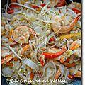 Vermicelle de soja sauté aux légumes et crevettes au 5-épices