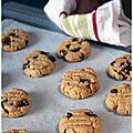 Cookies express au beurre de cacahuète & pépites de chocolat noir