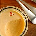 Panna cotta mousseuse a la butternut & coulis potiron, pomme, vanille
