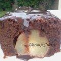 Gâteau au chocolat et poires <b>entières</b>