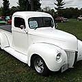<b>Ford</b> pickup-1947 (avec une face avant de 1940)
