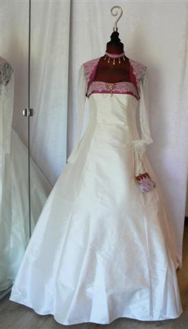 robe de mariée après dentelle nina ricci (Small)