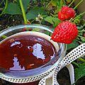 Confiture fraise rhubarbe et citronnelle