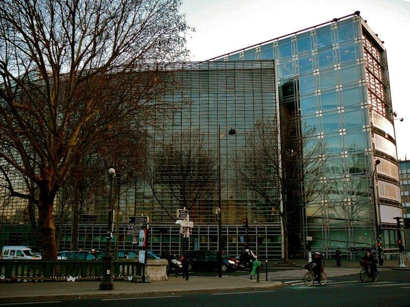 Institut du Monde Arabe.