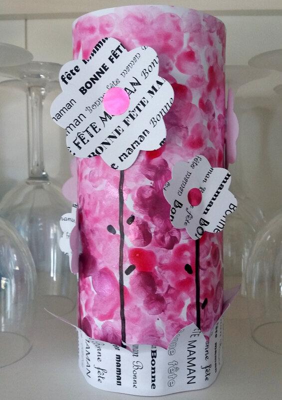 304_Fête des mères_Tube de fleurs (61)