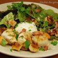 Salade de saint-jacques à la lyonnaise et son oeuf poché