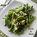 Avocat et chèvre en salade et vinaigrette à la sauce tamari, sans gluten