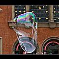 Une bulle dans l'air