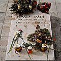 1956 - le pouvoir communiste hongrois s'eloigne de l'urss