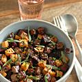 Assiette tiède de betterave cuite, patate douce rôtie, tofu amande & sésame laqué, estragon & ciboulette