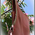 Robe rose et strass des années 60