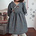 Élise, <b>poupée</b> Anke <b>Götz</b> et sa robe cache-coeur