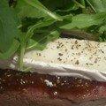 Filet de boeuf farci à la confiture de figues, fromage de chèvre et roquette.....