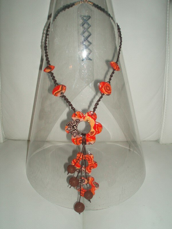 flower macrame orange
