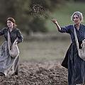 Les gardiennes : le très bel hommage de <b>Xavier</b> <b>Beauvois</b> à ces femmes méconnues de la grande Guerre