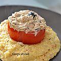 Tomates farcies au thon et polenta aux tomates séchées