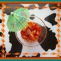 Verrine de saumon cru, ananas et tomate cerise