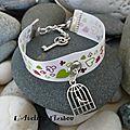 Voici un <b>bracelet</b> parti pris ou souvenirs d'enfance appelé : <b>bracelet</b>