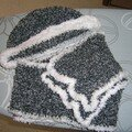 écharpe et bonnet de May