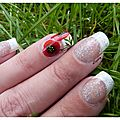 Nail french manucure et coquelicots