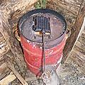 J'ai testé le gaufrier en fonte sur le rocket stove!