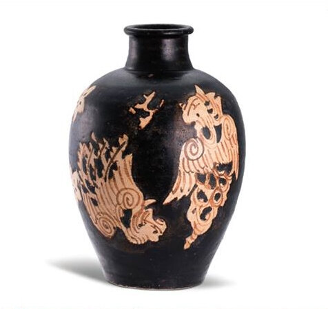 A superb Jizhou''Phoenix' vase, Southern Song dynasty (1127-1279); 24.5 cm., 9 5/8 in. Sold for 175,000 HKD at Sotheby's Hong Kong, 4th December 2015, lot 265. Courtesy Sotheby's 2015