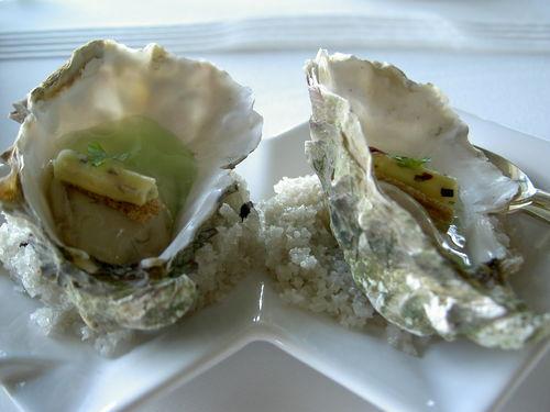 huîtres à la gelée de pommes vertes