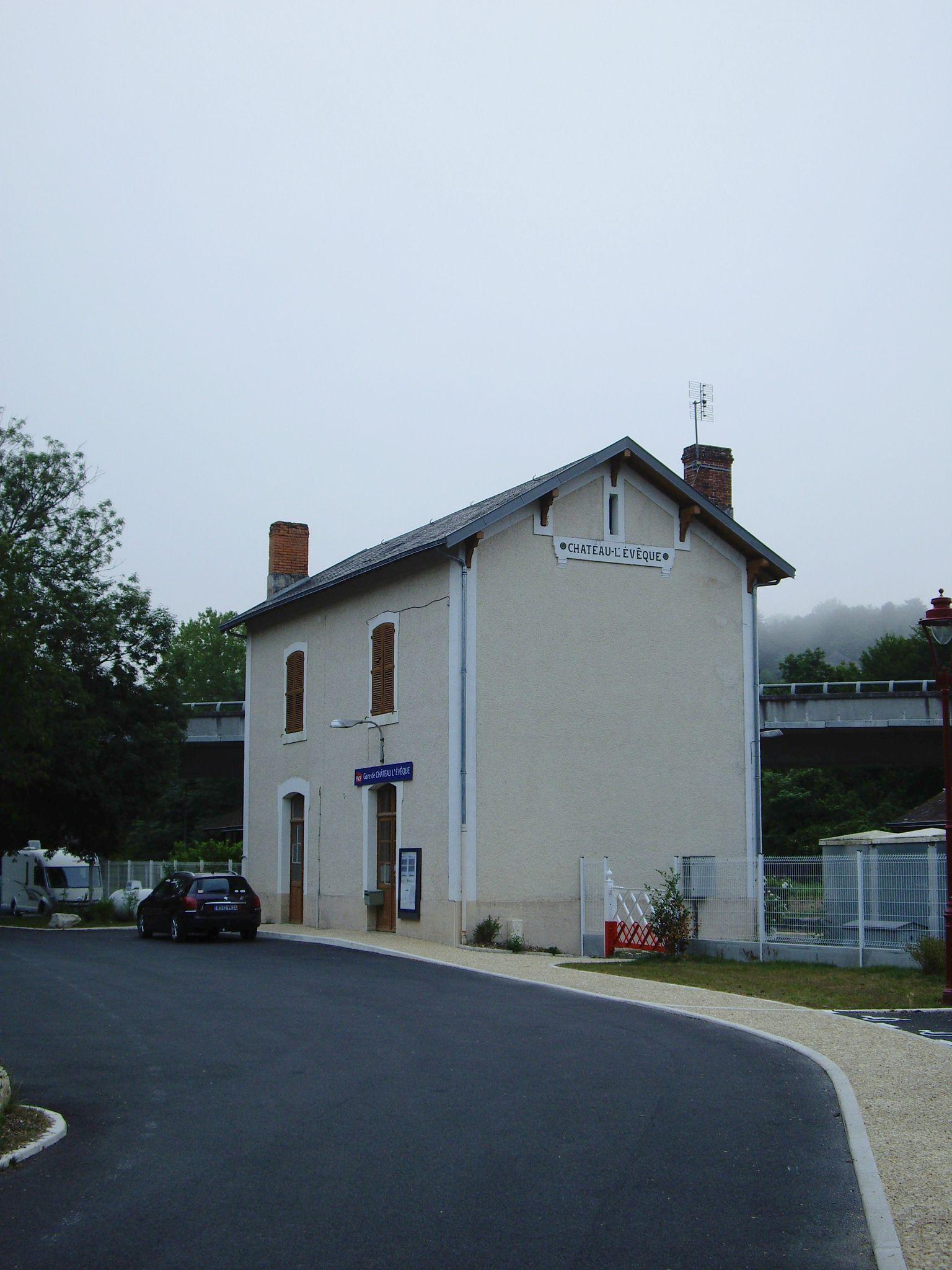 Château-l'Évêque (Dordogne - 24)