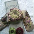Gift of flowers en broderie traditionelle
