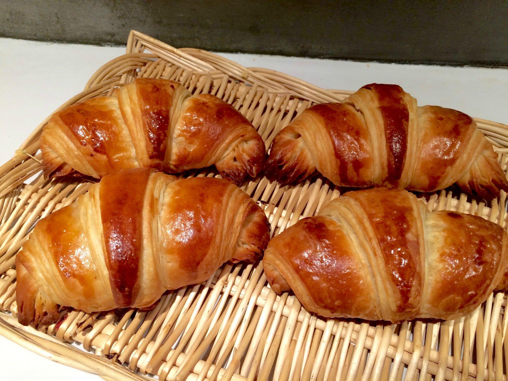 Croissants et pains au chocolat la la la la