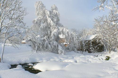 2008 12 17 Le Boulot souffre de la neige