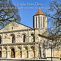 L'<b>église</b> Notre Dame, construite dans la vaste enceinte du château de Surgères.
