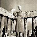 jayne-1957-10-greece-parthenon-1