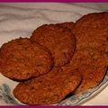 Biscuits moelleux aux flocons d'avoine et raisins secs (et aussi à la cannelle)
