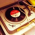 Gramofon_z_czterema_predkosciami_ubt