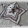 Doudou étoile au <b>crochet</b>
